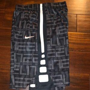 Nike Elite Basketball Shorts YXL
